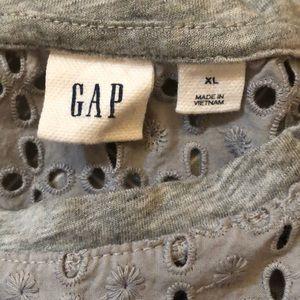 GAP Tops - Heather grey Gap shirt